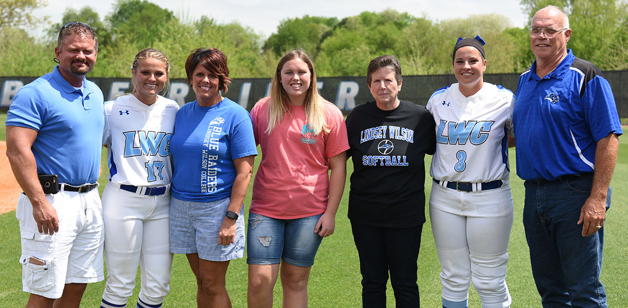 Photo for No. 6 Softball defeats Bryan 8-0 on Senior Day
