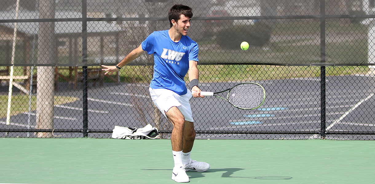 Photo for Men's Tennis moves into NAIA Quarterfinals with 5-2 win over Mobile